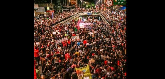 FOTO: MÍDIA NINJA/REPRODUÇÃO DE REDES SOCIAIS