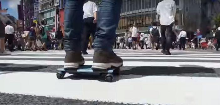JAPÃO COMEÇA A PRODUZIR E A VENDER O MENOR CARRO DO MUNDO